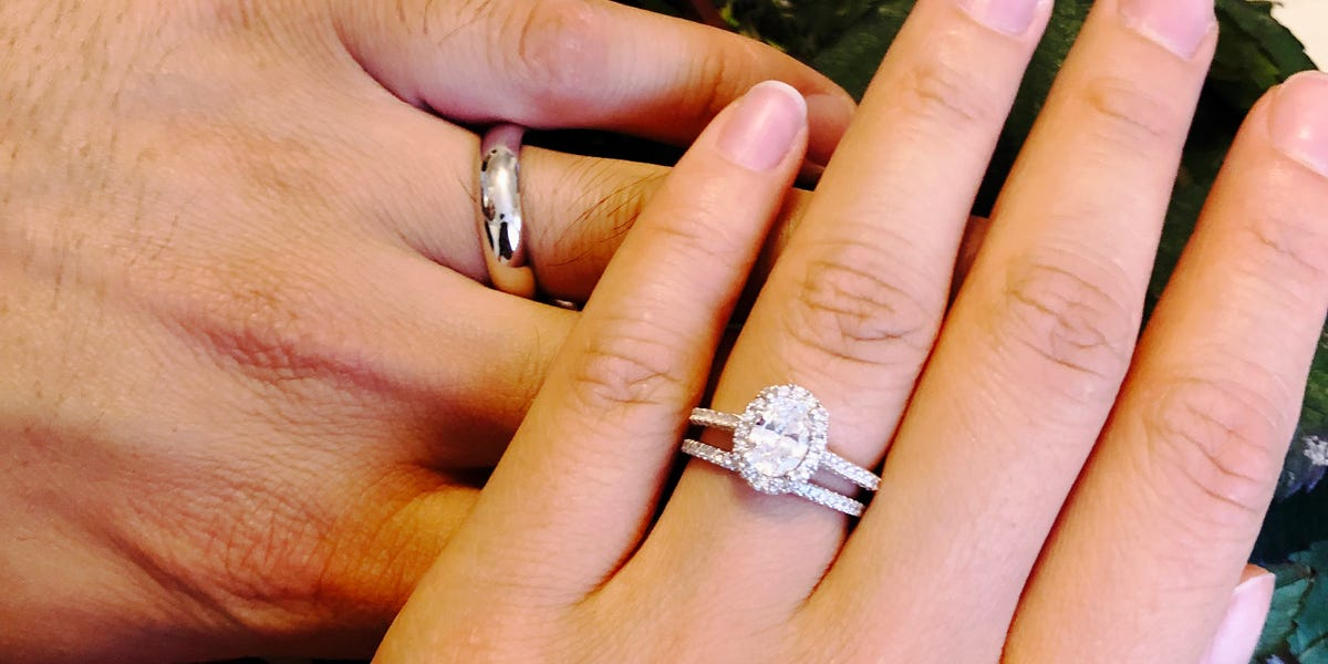 Five tips to buy your wedding ring
