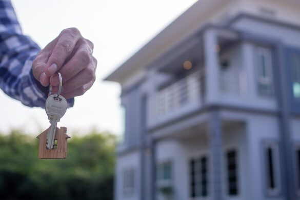 Pros and cons of getting a mortgage broker 1