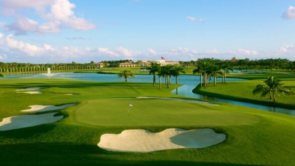 Are Homes on a Golf Course Worth More? 1